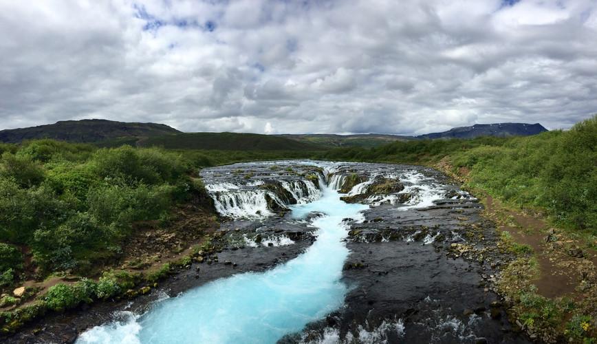 Brúarfoss_Waterfall.jpg