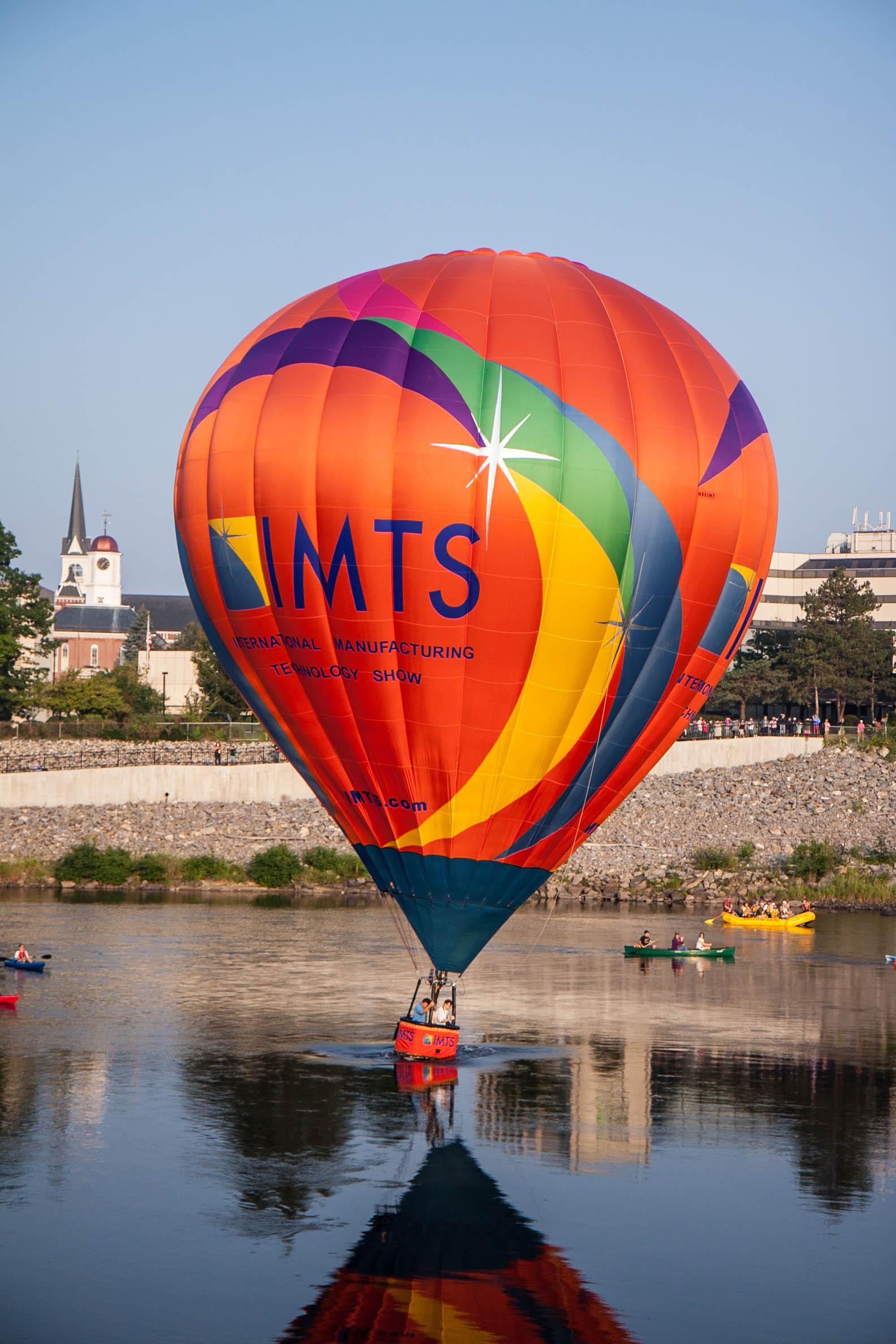 2011 Balloon Festival Sat 2041.jpg