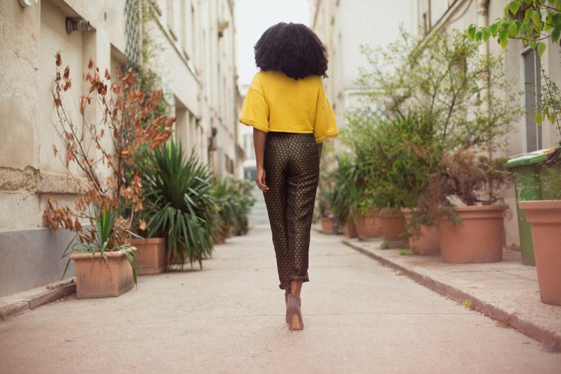 Mode fashion women woman outside photographer Paris blog bloggeuse aminata instagram hair afro makeup colors