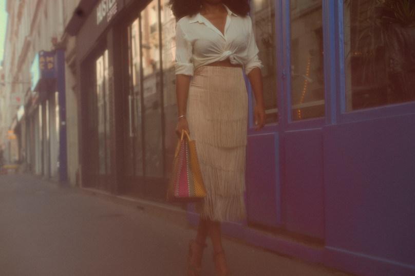 Mode fashion women woman outside photographer Paris blog bloggeuse aminata instagram hair afro makeup colors the parizian chic