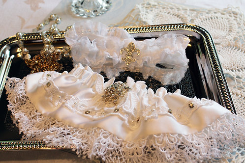 The French Connection Garter set
