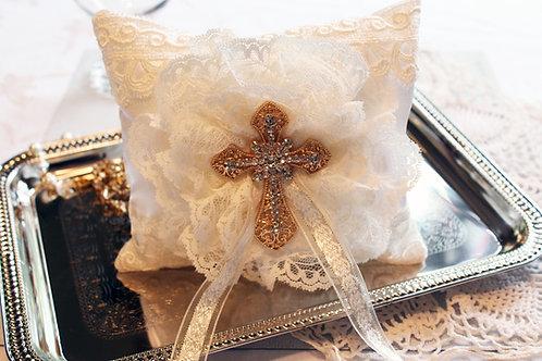 122  The Cross Pillow/Pin holder