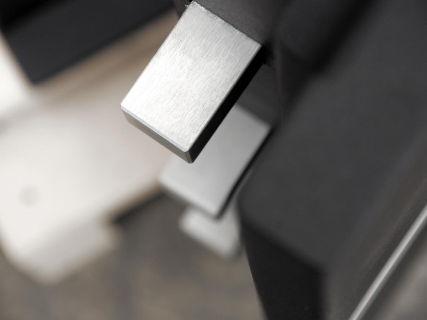 Brixia-Uno-Nera-alto centro chiavi perinelli peschiera del garda
