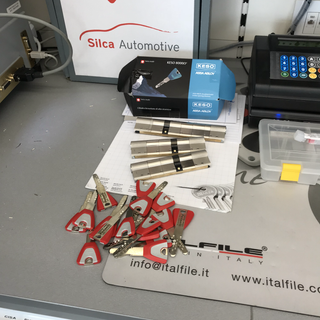Unificazione cilindri e serrature Centro Chiavi perinelli