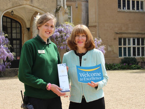 'Welcome to Excellence' celebrates 400,000 participants on its customer service training courses