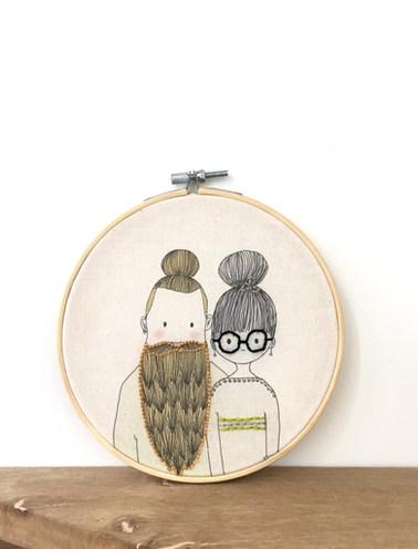tambour illustrés brodé, couple hipster