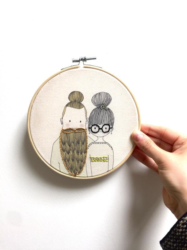 Tambour brodé illustré, couple hipster