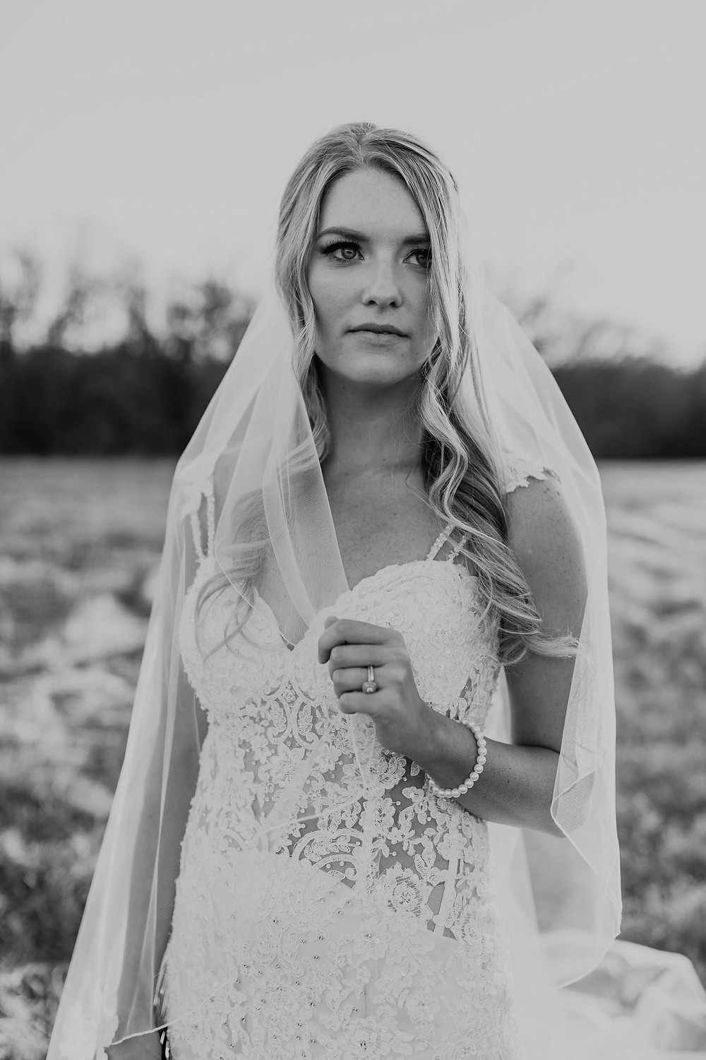 lace unlined bodice wedding dress