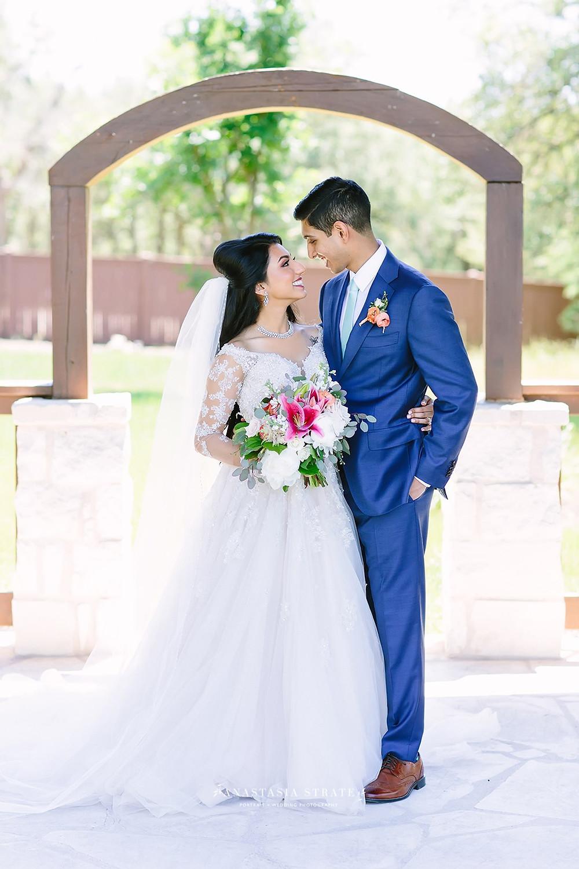 lace sleeve lace wedding dress