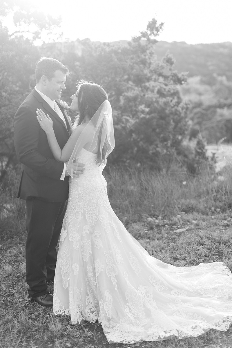 lace wedding gown with fingertip length veil