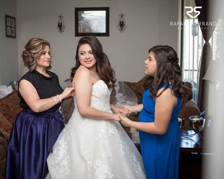 mother of the bride and bridesmaid in blue