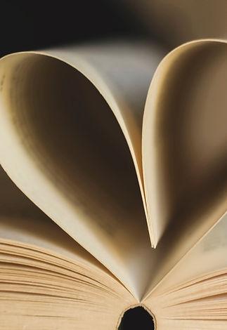 book-3996723_1920.jpg