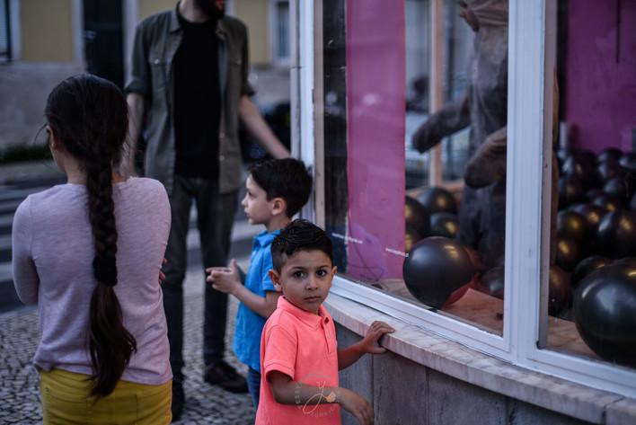 Kid and siblings - Lisbon - Roma