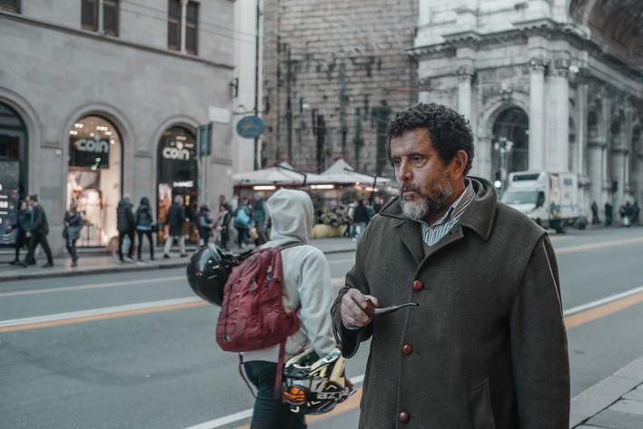Man with the pipe - Genova - via XII