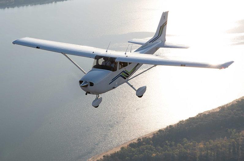 New-Cessna-172.jpg