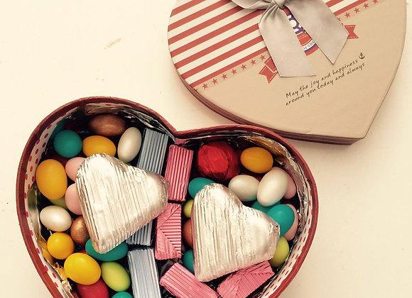 kalp kutu da 500 gr çikolata