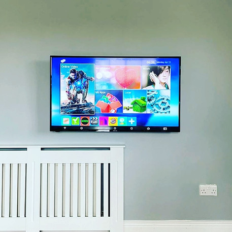 Tv installation and cable masnagement