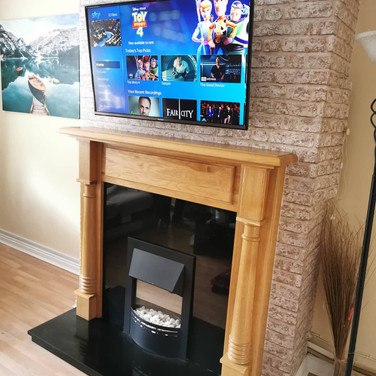 WE HAVE INSTALLED AND EXTENDABLE TV WALL BRACKET AND ALSO GOT SKY BOX HIDDEN BEHIND A TV FOR A CLIENT FROM GLASNEVIN DUBLIN 9