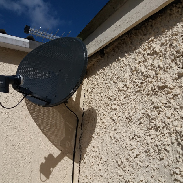SATELLITE DISH AND SAORVIEW AERIAL INSTALLATION IN ARTANE DUBLIN 5