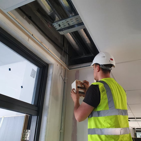 Tv, WiFi and sound system installations in all kind of public and commercial places