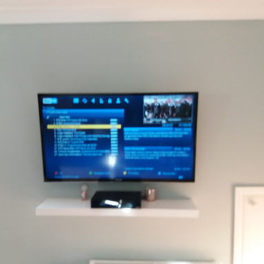 SAORVIEW RECORDABLE BOX INSTALLATION AND TV MOUNTED ON THE SWIVEL WALL BRACKET IN BRINDLEY PARK COURT ASHBOURNE COUNTY MEATH