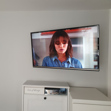 Saorview system and tv wall mounting Balrothery North Co Dublin