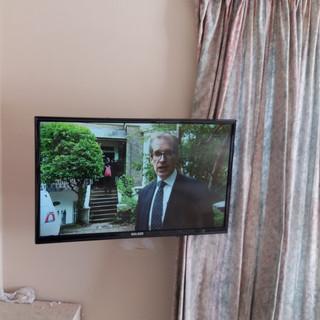 TV WALL BRACKET INSTALLATION IN ARDLEA HOUSE IN ARTANE DUBLIN 5