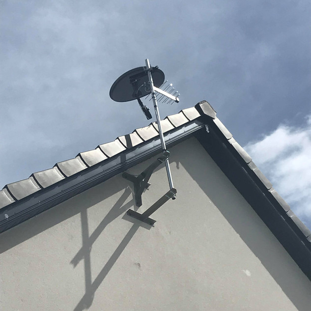 SATELLITE DISH SAORVIEW AERIAL AND COMBO BOX INSTALLATION IN STEPASIDE DUBLIN 18