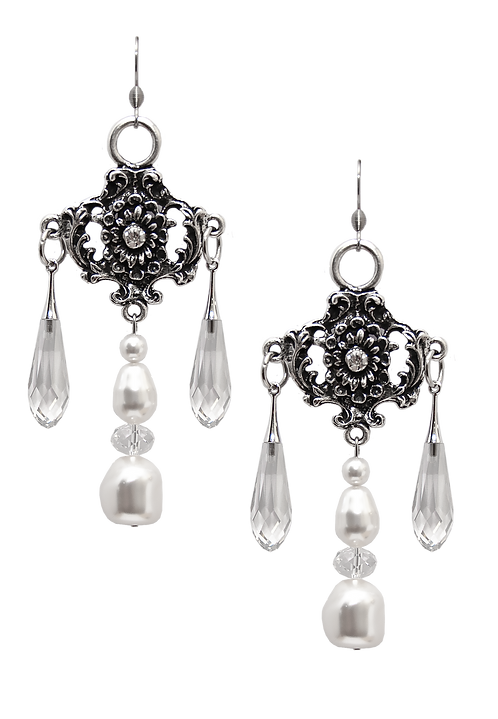 PEARL earrings Folklore