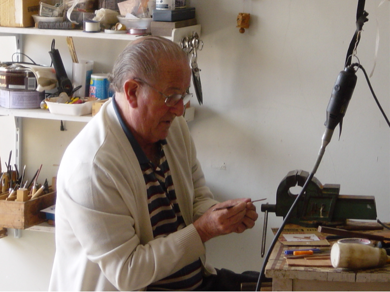 Figura 1 - Mario Nunes Miranda em seu atelier
