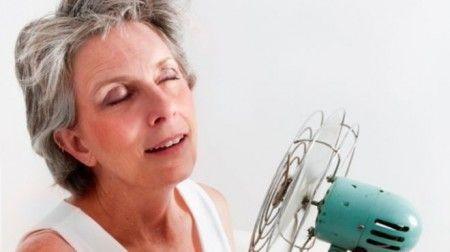 Conheça os sintomas e as causas da menopausa precoce