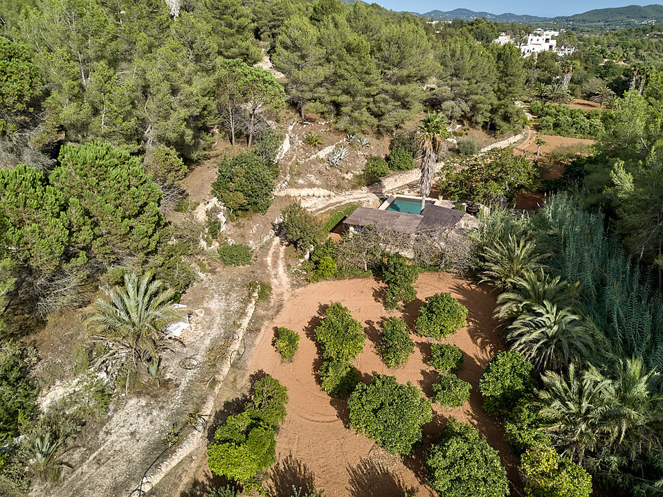 can-riera_drone_200924_28_1200px.jpg