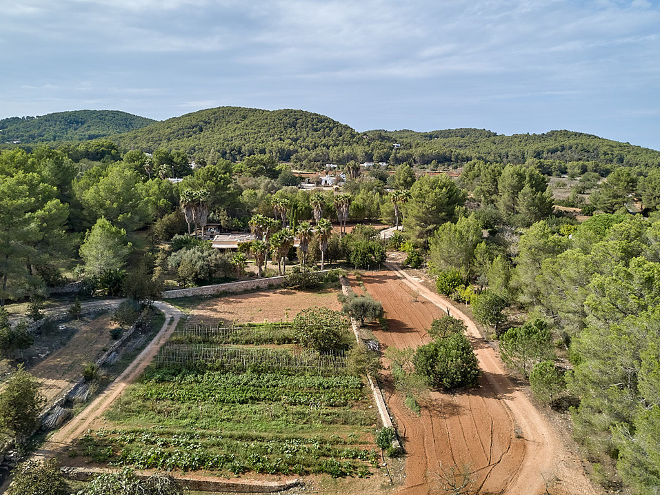 can-riera_drone_200924_06_1200px.jpg