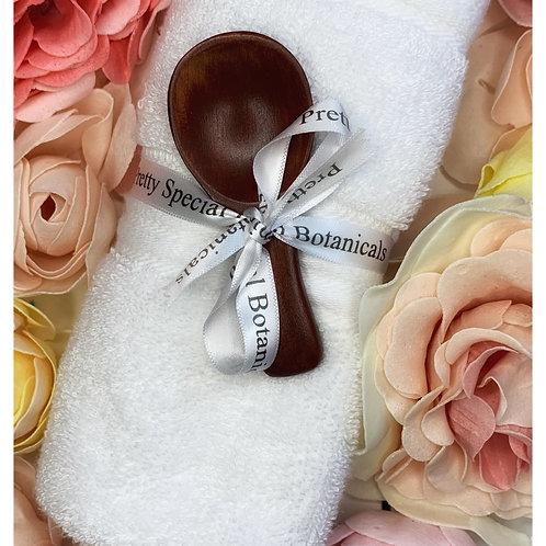 Washcloth and scoop bundle
