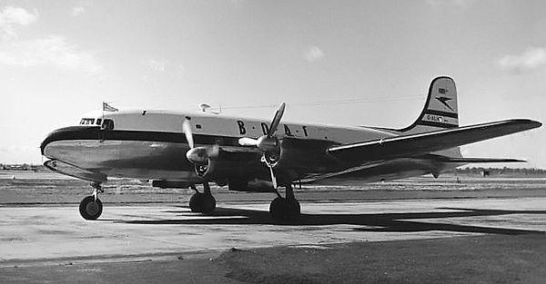 BOAC_C-4_Argonaut_Heathrow_1954.jpg by R