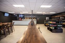 Growlers Shop Lounge