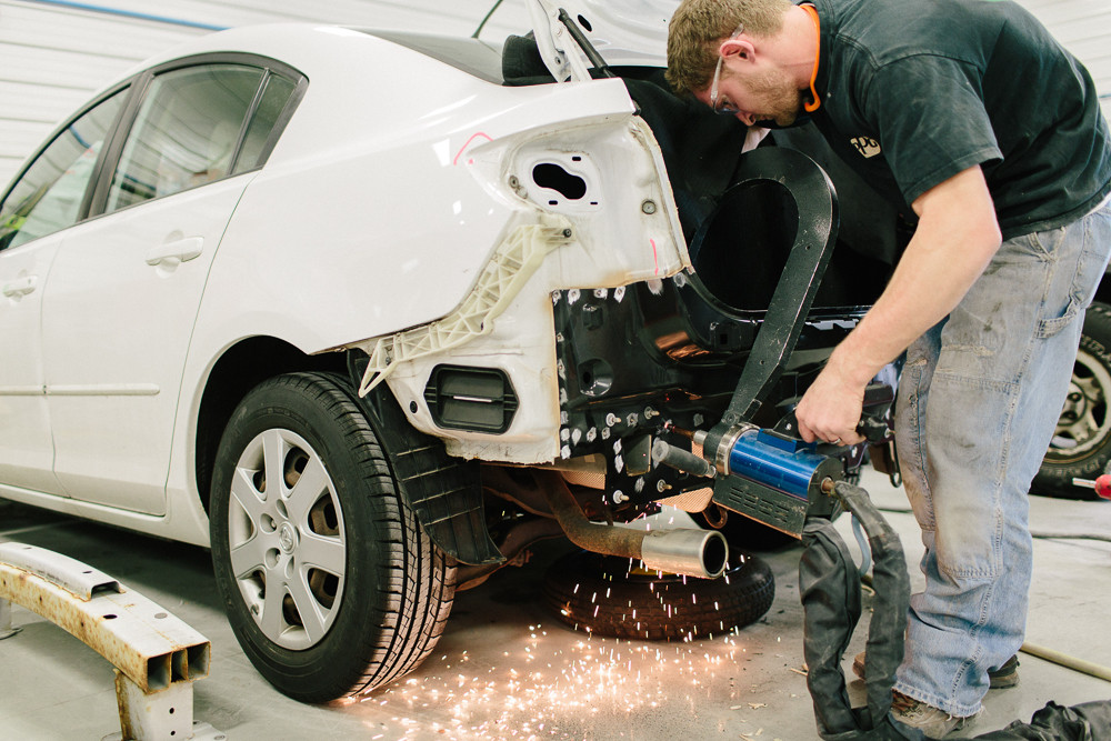 Auto Body Shop For Sale in South Florida