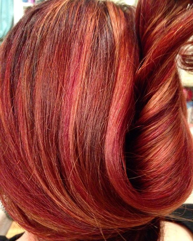 #haircolor #redhair #redhaircolor #kevinmurphy #kevinmurphyhair #dominiquesnow #dominiquesnowhair #c