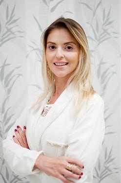 Dra. Juliana Calixtro