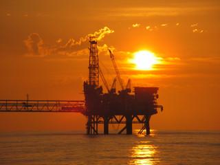 CNH aprueba licitación de Ronda 2.2 para subasta de 12 áreas petroleras