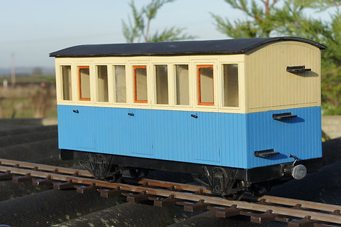 Matchboard Freelance Passenger Coach Kit