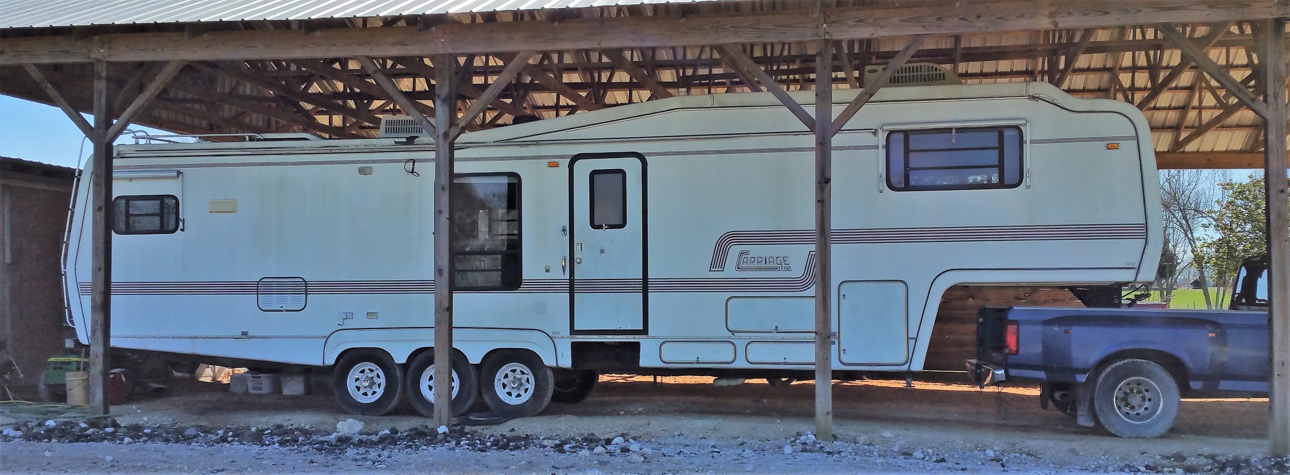 1991 37' Carriage 5th Wheel Camper