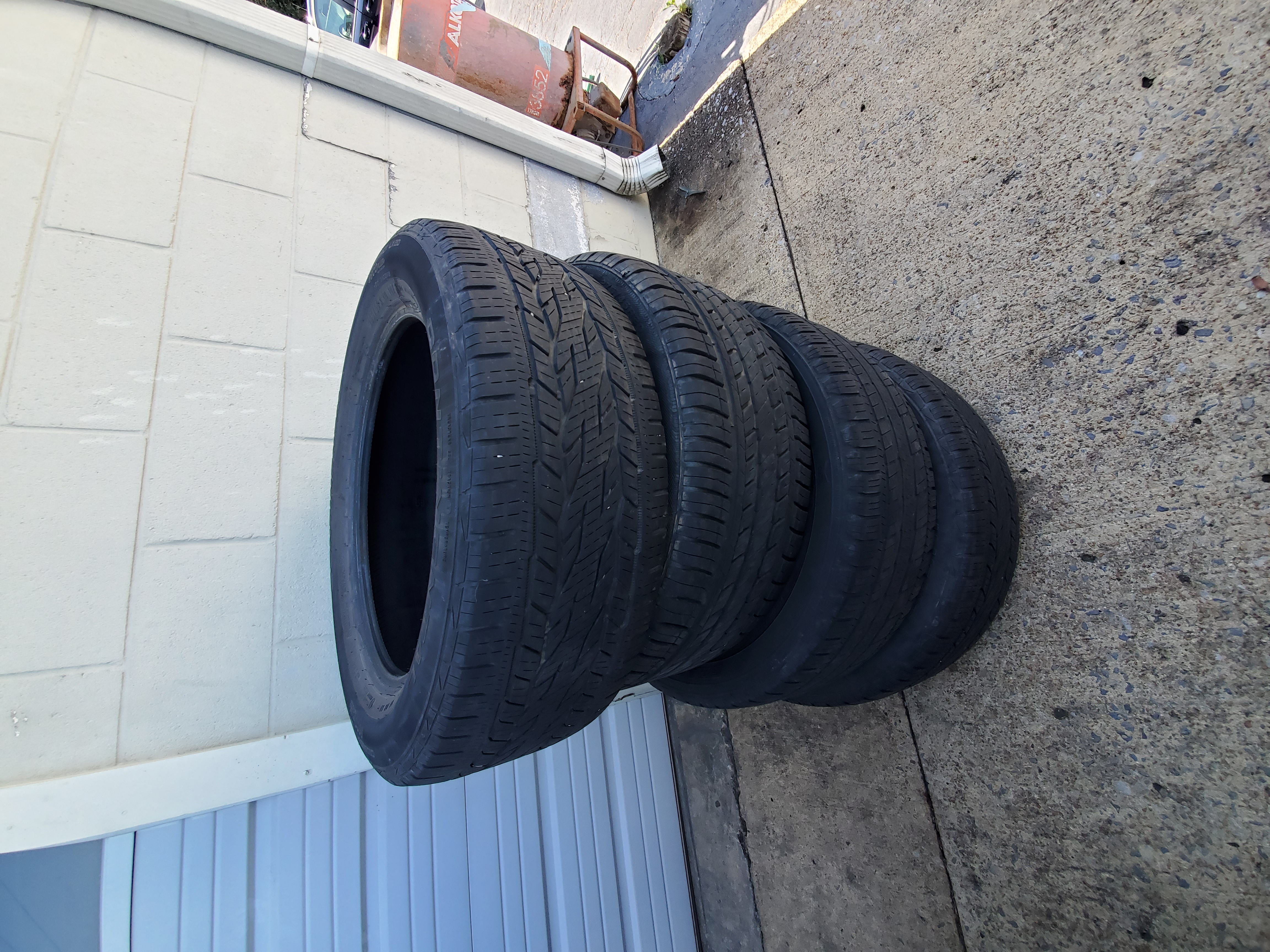 Tires 255 55 20