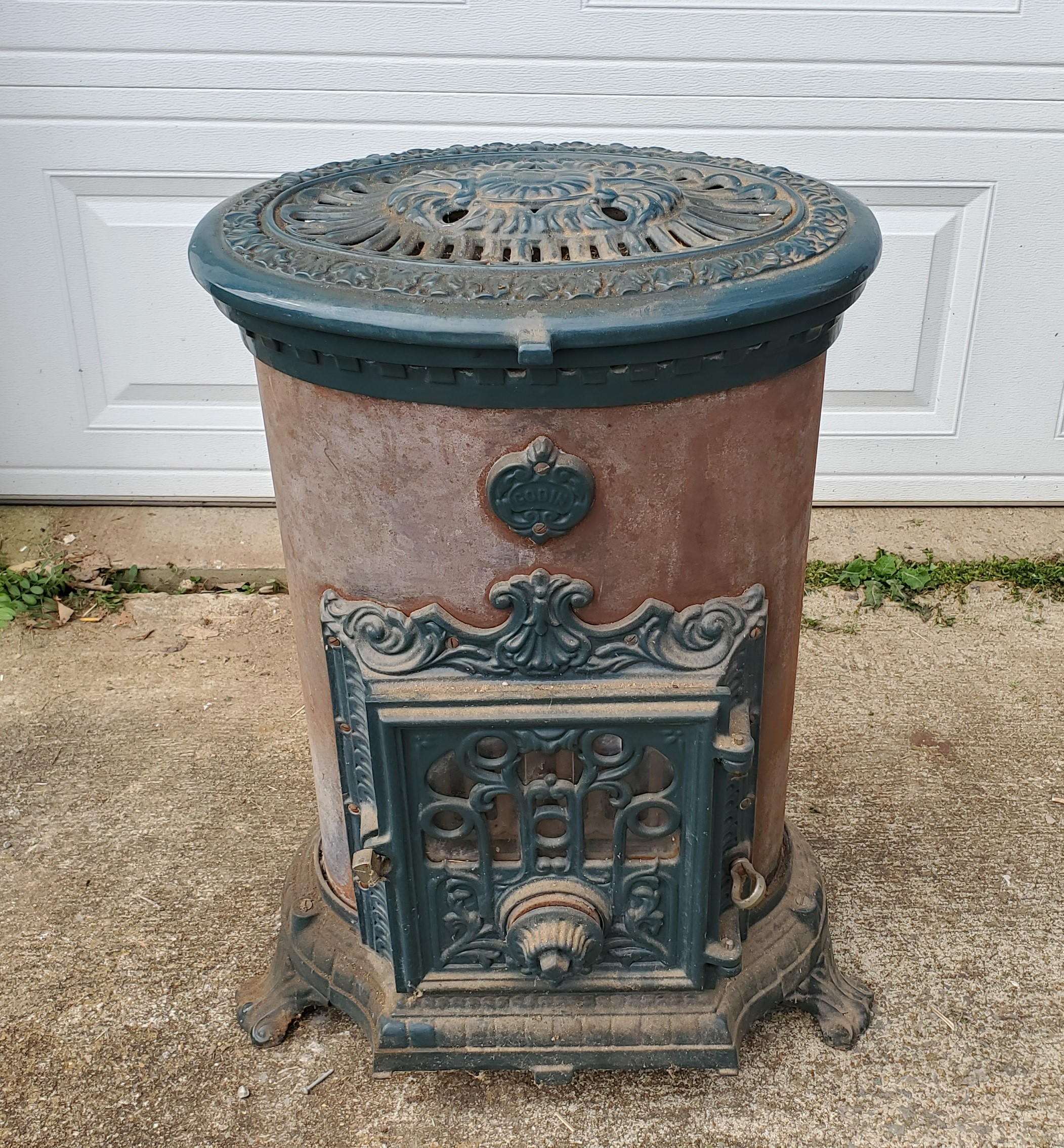 Godin Cast Iron Stove
