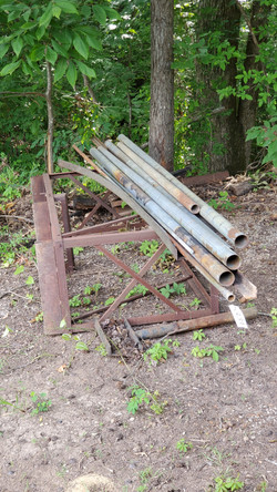 Metal Pipes & Stand