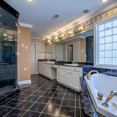 Upper Level Master Bathroom.jpeg