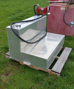 Truck Fuel Tank with Pump