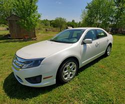 2011 Ford Fusion (2)