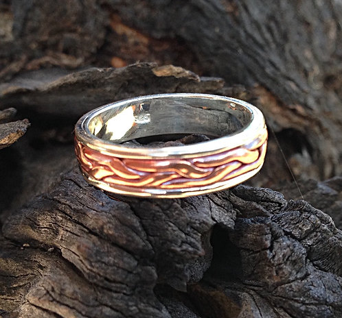 Celtic Style Ring in Sterling Silver