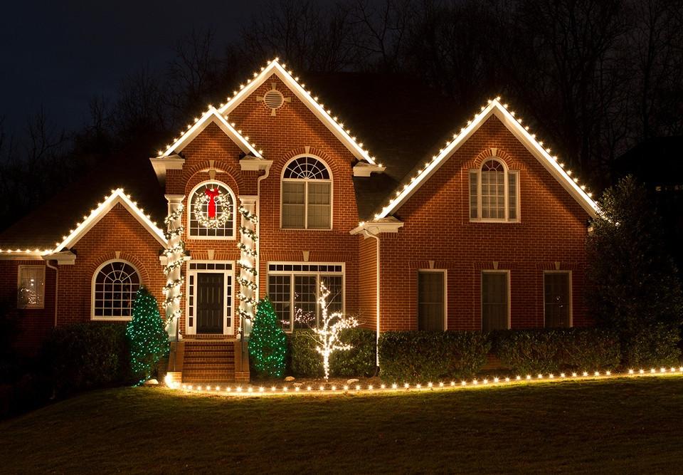 www.ChristmasLightProsTN.com-0024.jpg